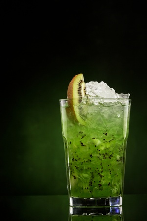 ice crushed: cocktail Island Bliss op een groene helling