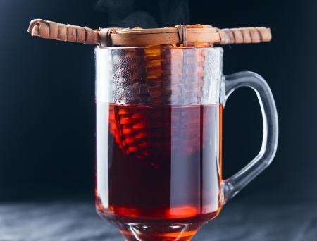 insist: hot black tea in glass cup