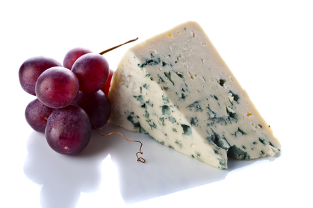 white grape: Gorgonzola and grape isolated on a white background
