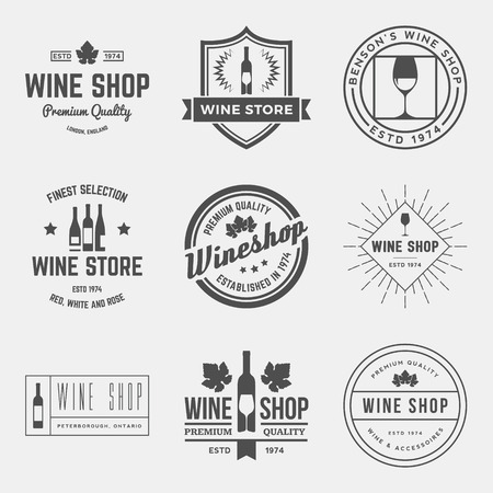 와인 가게 레이블, 배지 및 디자인 요소의 벡터 집합