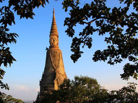 2 Stupa with the ashes of King Mak Proum Reklamní fotografie