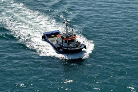 tugboat: Small tugboat at Algeciras bay
