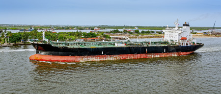 lagos: Unloaded oil tanker departures from Lagos, Nigeria, Africa Stock Photo