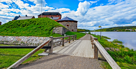 castello medievale: Medieval castle in the city of Hameenlinna, Finland at spring