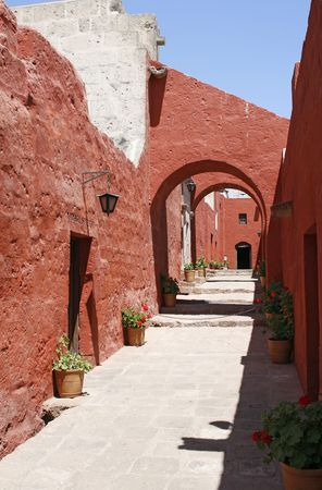 catherine: red archs in the Convent of St. Catherine in Arequipa, Peru Stock Photo