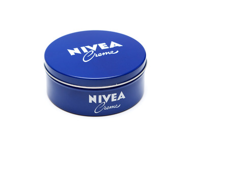 ag: RUSSIA - OCTOBER 11, 2015: Bank with a cream. Nivea brand owned by the German company Beiersdorf AG.