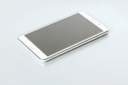 touch screen phone: mobile phone with touch screen