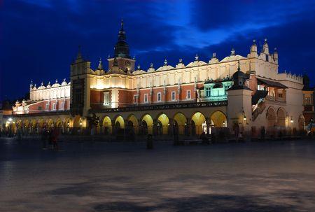 cracovia: Sukiennice, the Cloth Hall - a landmark of Rynek (the market square) in Krakow, Poland Stock Photo
