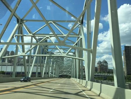 Bridge from Newport, Kentucky, to Cincinnati, Ohio Banco de Imagens