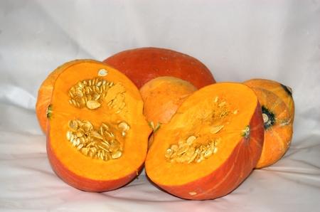 samhain: Calabaza cortada longitudinalmente