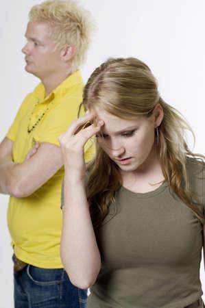 couple fach�: Couple en col�re l'un vers l'autre  LANG_EVOIMAGES