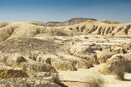 tabellare: Semi-deserto paesaggio Bardenas Reales, Navarra, Spagna Il Bardenas Reales � una regione semi-desertica naturale, o calanchi, nel sud-est Navarra, Spagna