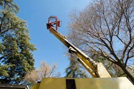 Diesel Powered Articulating Boom Lift photo