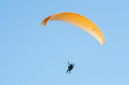 Tandem: First flight with a tandem paragliding instructor
