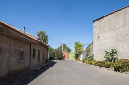hamlet: Traditional street in a small hamlet in La Mancha, Ciudad Real Province, Spain