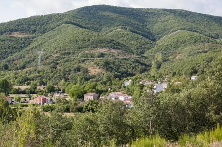 scrub grass: Views of Nocedo de Gordon, a small town in the municipality of La Pola de Gordon, in Leon Province, Spain Stock Photo