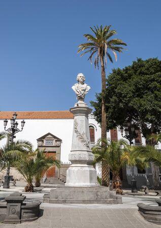 Monument to Cristopher Columbus, in Alameda de Colon, Las Palmas de Gran Canaria, Gran Canaria, Canary Islands, Spain