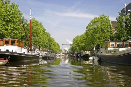 Canal scene, Amsterdam, Holland. LANG_EVOIMAGES