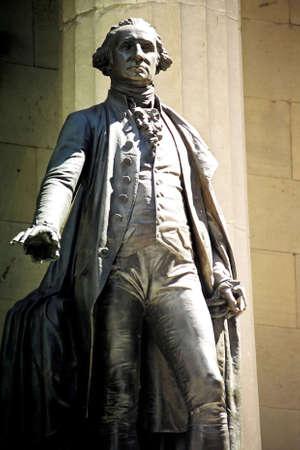 george washington: Estatua de George Washington.