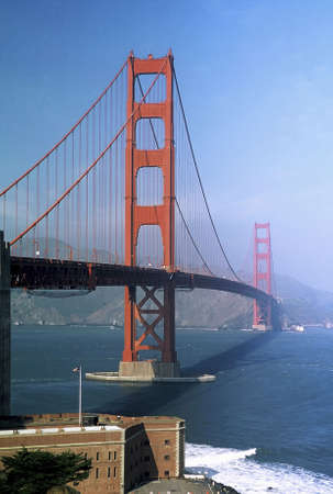 across america: Golden Gate Bridge, San Francisco.