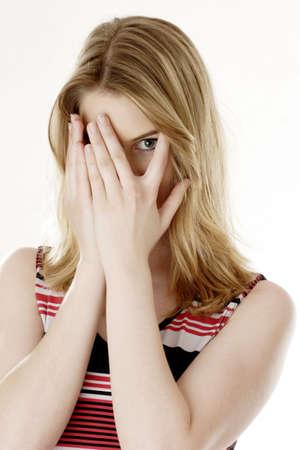 ashamed: Mujer lograr un posan para la c�mara.