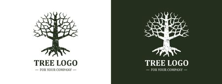 Tree logo isolated on a white background. Classic design. Green and brown colors. Lettering. Space for text. Leaves and roots. Simple modern concept. Circle form. Flat style vector illustration. Foto de archivo - 142990939