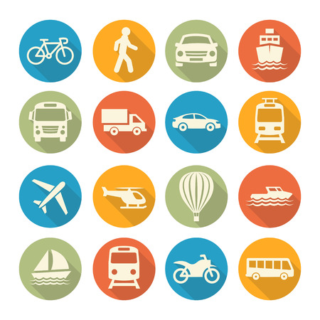 Színes Közlekedési készlet ikonok fehér alapon Illusztráció
