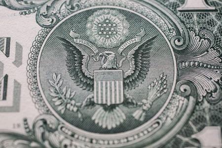 背中を 1 ドル札逆側、白頭ワシ、13 矢印とオリーブの枝、お金の背景、ドルの背景、クローズ アップ、アメリカ
