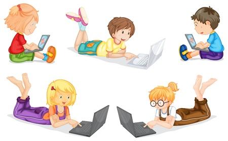 using laptop: Illustrazione di bambini con il computer portatile