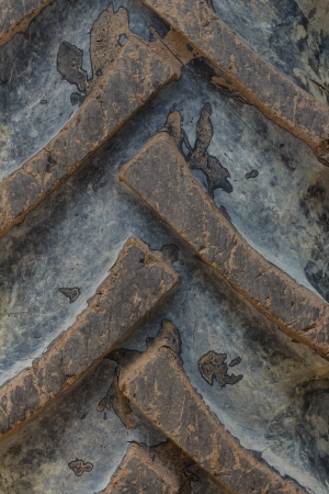 motor de carro: Neumático de camión sucio textura de fondo Foto de archivo