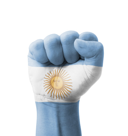 pu�os cerrados: Pu�o de Argentina bandera pintada, el concepto de usos m�ltiples - aislado en fondo blanco