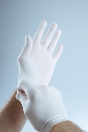 保護手袋に置くことの医者 写真素材