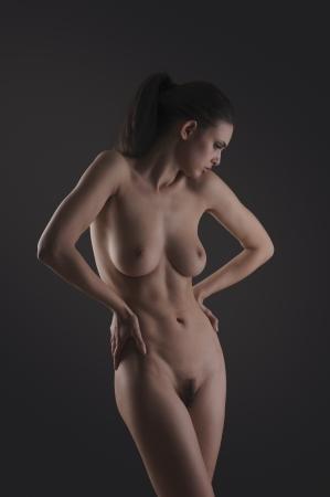 naakt: Mooie naakt vrouwelijke poseren vorm en expressie