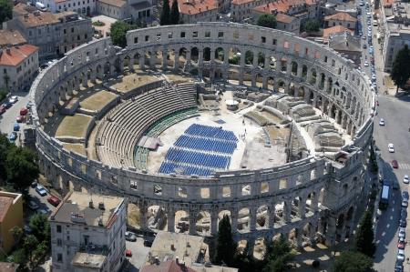 roman amphitheatre: Anfiteatro romano vista a�rea Foto de archivo