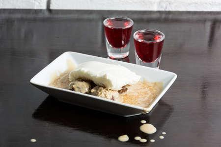 gulab: Gulab Cream Dessert