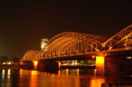 steelwork: Bridge at Nght