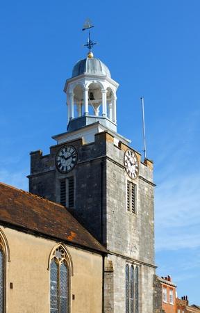 hampshire: Dominating Exterior view of St Thomas Church Lymington UK
