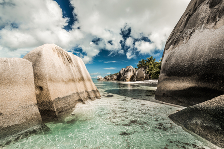 Schöner Strand Anse Source D'argent in Praslin, Seychellen