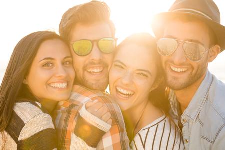 Friends at the beach enjoying the summer Reklamní fotografie