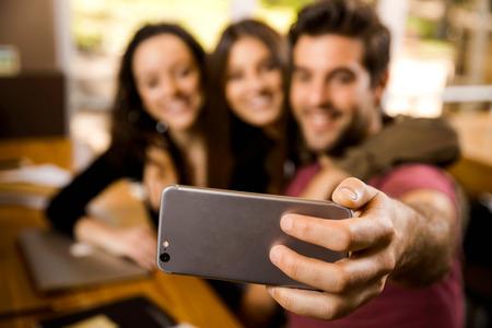 Een pauze in de studies om een selfie te maken Stockfoto