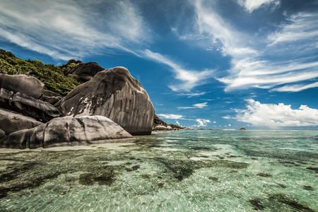 Beautiful beach Anse Source D'argent in Praslin, Seychelles Imagens - 130544448