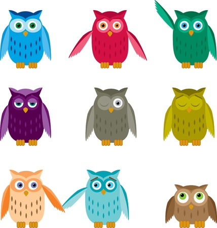 Set of colorful owls with different emotions. Ilustração