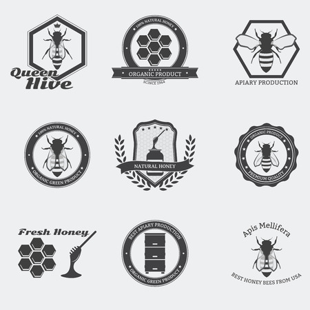 abeja reina: Retro emblemas de abejas negras con las abejas obreras y la reina en el círculo.