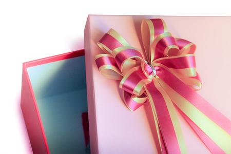 ピンクのギフト ボックス