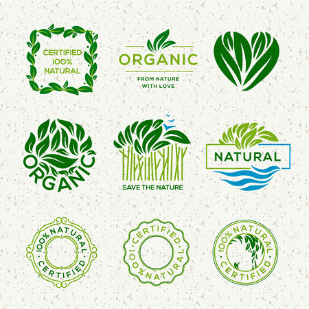 Etiquetas y elementos de alimentos orgánicos, establecidos para alimentos y bebidas, restaurantes y productos orgánicos, ilustración vectorial.
