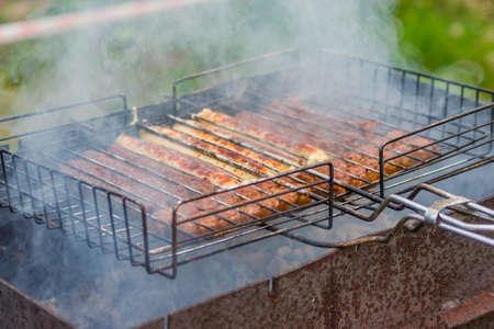 户外烧烤香肠