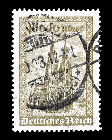 Reich: Cancelled postage stamp printed by Germany, that shows Cathedral in Cologne, circa 1923.
