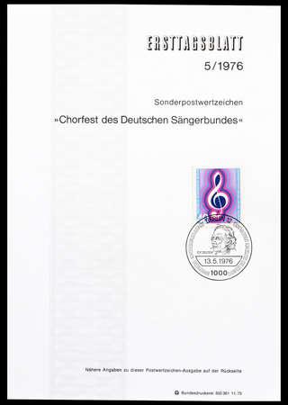 chiave di violino: Annullato Foglio Primo Giorno stampato da Berlino, che mostra chiave di violino, circa 1976.