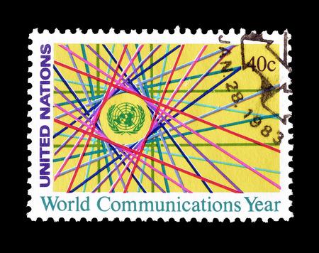 1983 年頃の世界コミュニケーション年を推進する国連によって印刷された切手をキャンセルします。 報道画像