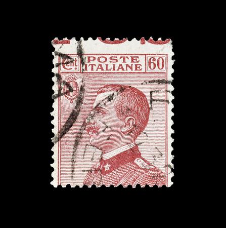 1926年頃、ビクター・エマニュエル王の肖像画を示すイタリアの郵便切手が印刷されたキャンセルされました。 報道画像